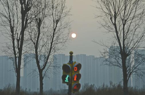 """济南重污染红色预警昨解除 今天或还有点""""霾尾巴"""""""