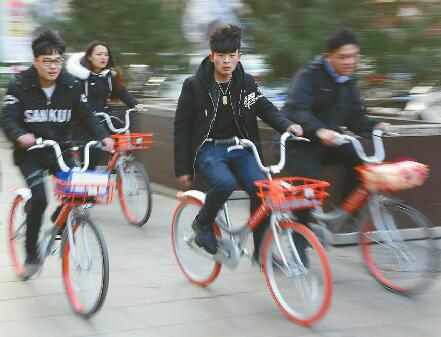 """济南单车大战""""四分天下"""" 盈利模式难寻会否步专车后尘"""