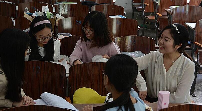 山大学霸宿舍姐妹6人考研全过 4个上北大