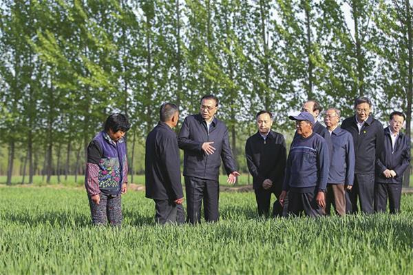 李克强总理来到济南考察