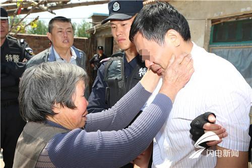 潍坊一男子杀人潜逃22年成千万富翁 抓捕细节独家披露