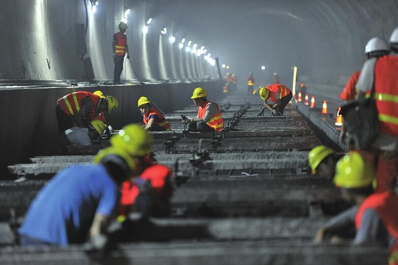 济青高铁青阳隧道提前贯通 届时济青间最快1小时可达