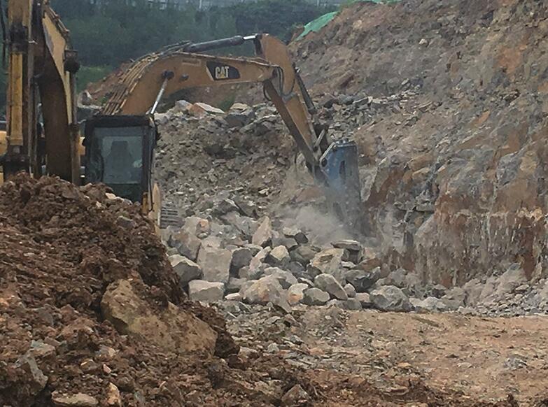 大山坡公园北侧施工噪音和扬尘频遭附近居民投诉