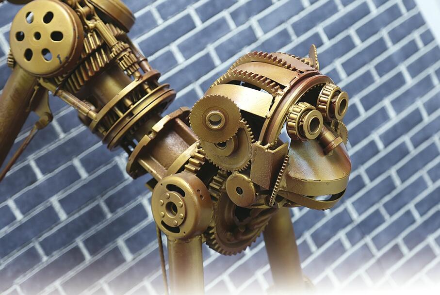 废旧金属变身艺术品 创意钢雕将亮相艺博会