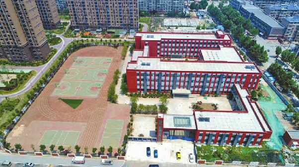市区22所新学校今秋开门纳新 增加数万个中小学学位
