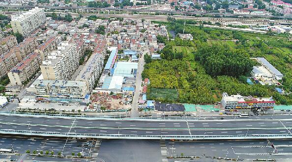 """刘长山路""""梗阻""""10年终于开修 东接旅游路西达长清"""