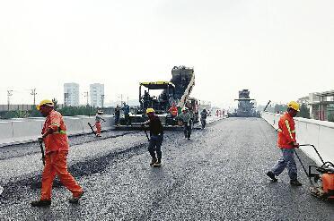 济南工业北路西段恢复通行 出行更顺畅