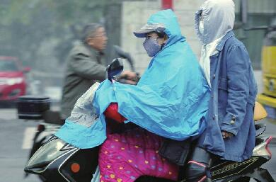 """济南气温脱离""""2时代""""及时加衣防感冒 降雨将持续到10日"""