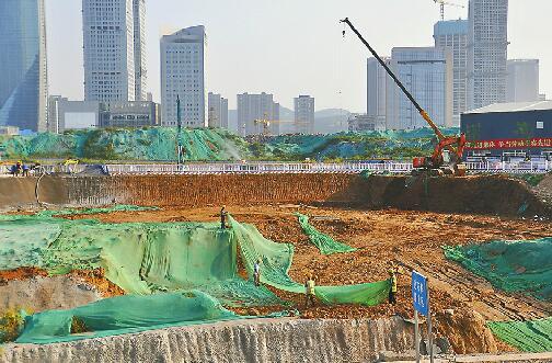 济南最大地铁站基坑挖到一半 绸带公园站3年后有望建成