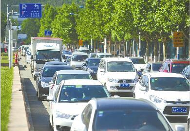 济南机动车保有量突破200万辆 将限制使用不限制拥有