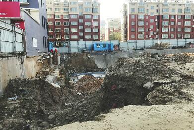 """啄木鸟在行动:这四处建筑垃圾""""裸奔""""谁来管?"""