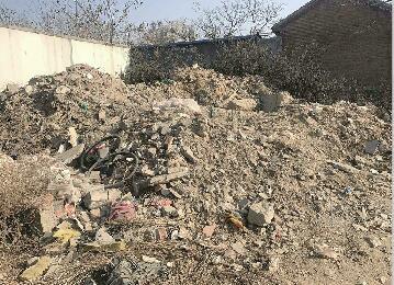 啄木鸟:这几处建筑垃圾裸露惹人烦