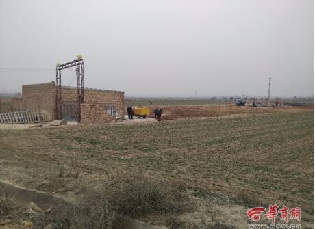 养猪场内花炮爆炸致2死1伤 村民3公里外听到巨响
