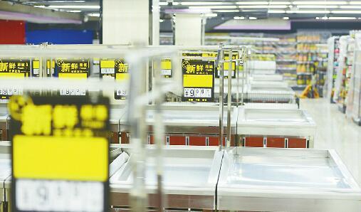 大金新苑便民市场遭取缔 原定迁入金欣佳苑地下却变成超市