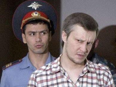 残忍至极!俄罗斯杀手再受审或杀81人 俄罗斯前警察化身