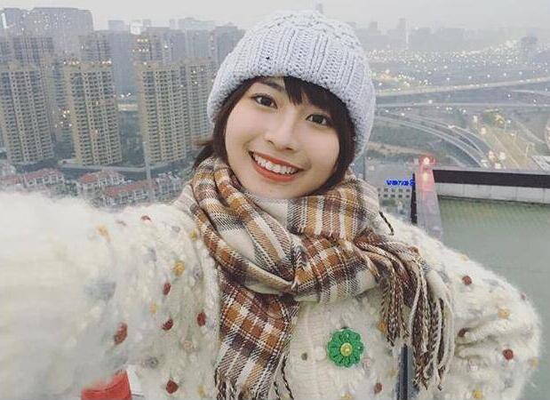 中国女生神似新垣结衣走红 22岁治愈系龙梦柔神秘身份遭扒