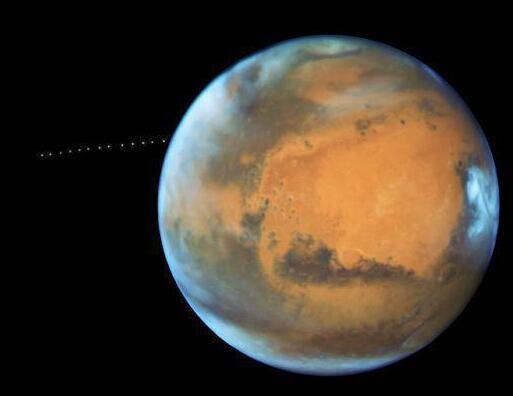 有水喝?火星发现深埋冰河 一抹浅蓝色有望成人类未来家园