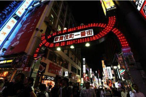 日本警察性侵幼女被捕 对自己嫖...