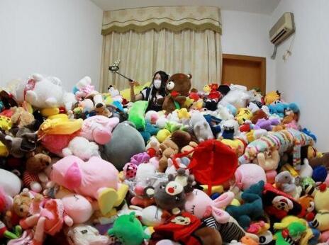 逆天了!花4万抓7千少女美娃娃成夹大神女生动漫娃娃粉图片