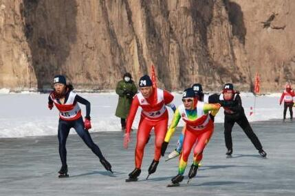 黄河首次变身赛道助力2022北京冬奥会 320名选手角逐竞技