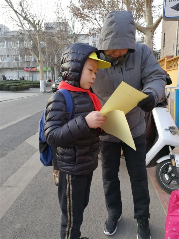 """宣传禁放烟花爆竹 做共创""""泉城蓝""""小卫士"""