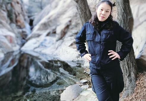 济南:民警投入春节安保 用镜头记录战友执勤点滴