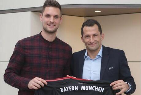 拜仁续约乌尔赖希 29岁的乌尔赖希本赛季是球队的主力门将