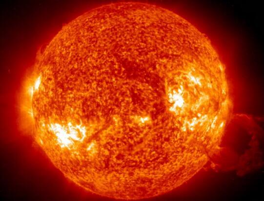 超震撼!太阳风暴再抵地球 在高纬度地区的北美和北欧或激发绚丽极光