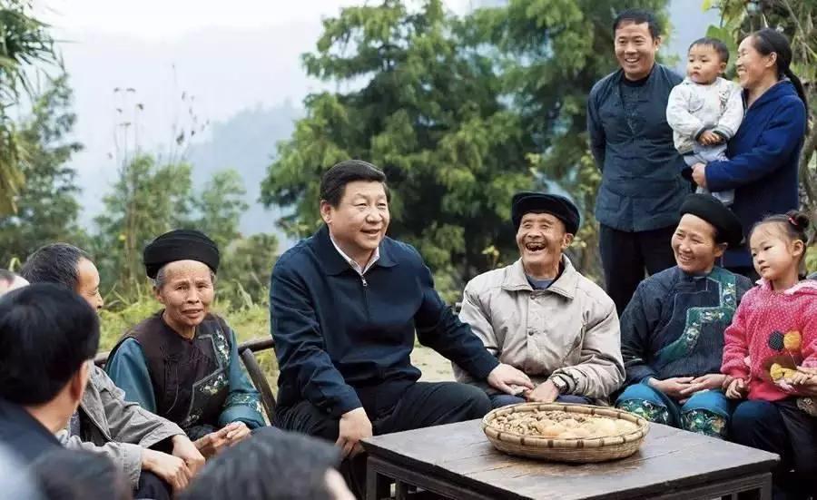 央视快评:人民领袖人民爱