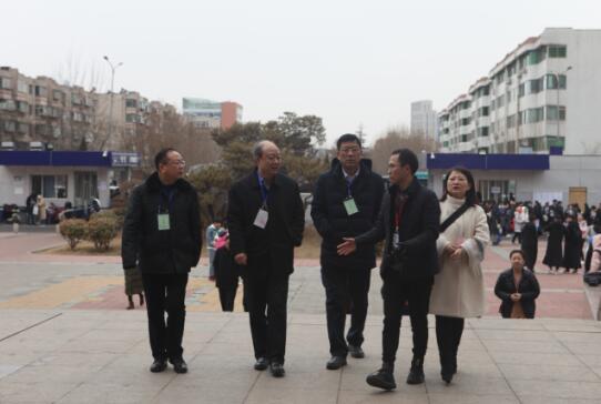 省招生考试院院长张琳视察2018年艺术类招生考试济南艺术学校考点