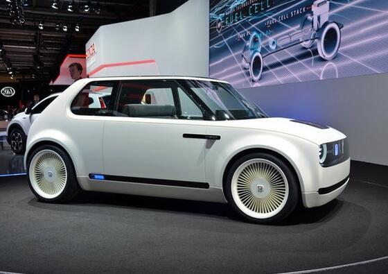 本田宣布量产Urban EV复古电动车 2019年开始预订