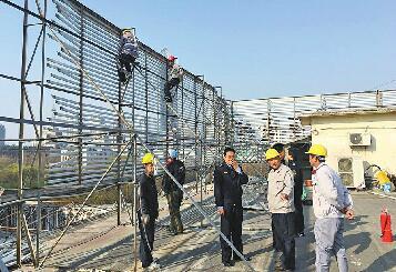 济南6月底前完成建(构)筑物顶部广告牌匾标识移除整治
