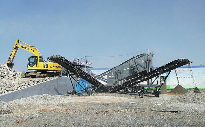 40余万吨垃圾变身隔离墩 济南拆违垃圾成了有用之材