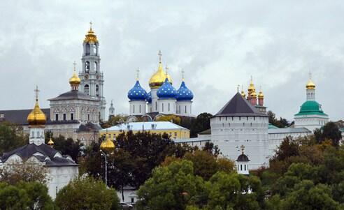 俄世界杯球迷免签 观赛游客在世...