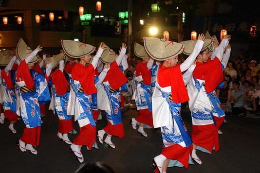 """盘点国外的""""清明节""""祭奠文化"""