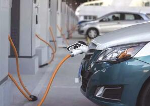 新车卖得欢 旧车少人问 新能源汽车二手车市场遇冷