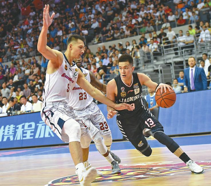 CBA半决赛:大比分领先八冠王 辽篮拿到赛点值得山东学习