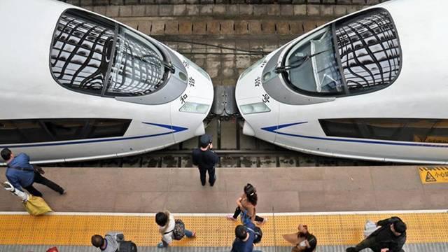 全国铁路实行运行图有调整 北京至上海实现最快4小时18分可达