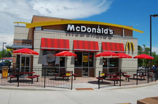 麦当劳在美遭调查 一名员工在感染甲型肝炎期间仍处理食物