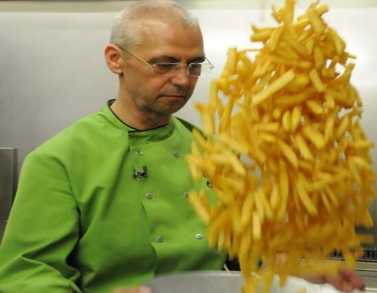 致癌?欧盟出台薯条法:薯条不能炸得过焦 白面包不能烤成深色