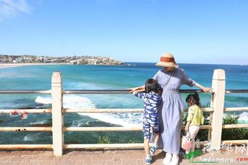 孙俪带一对子女游悉尼 表白孩子:我给了他们生命 他们给了我生命的色彩
