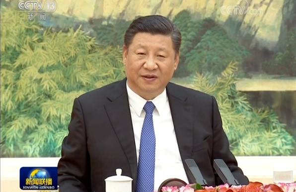 习近平会见世界经济论坛主席