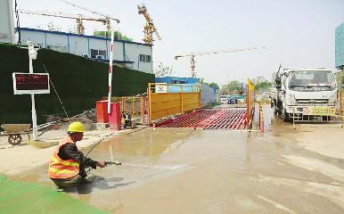 经十一路建设工程全面启动 计划11月20日建成通车