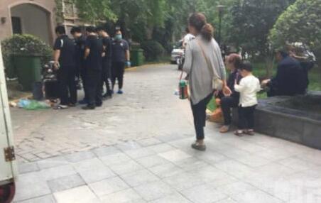 西安:9岁男童昏迷电梯抢救无效后死亡 事件待解