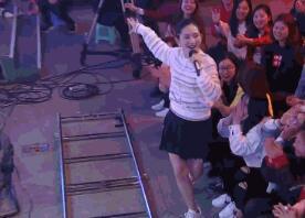 辣妈嗨了!谢娜劲歌热舞 节目录...
