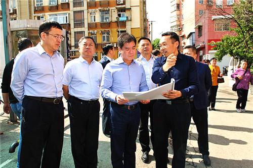 """历下区委区政府主要领导察看""""三高""""沿线等重点区域环境综合整治工作"""
