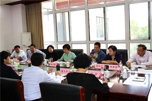 韩宏伟同志调研历下区教育工作