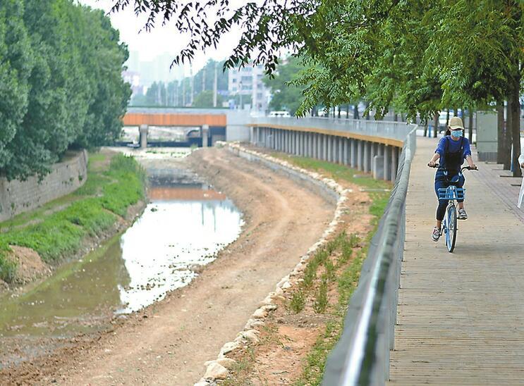 封闭两年 兴济河下游美了美了