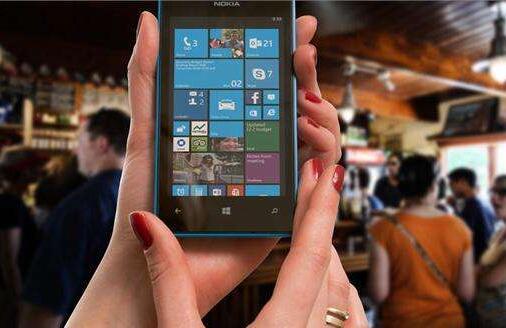 手机控?河南手机用户破亿 网购、看视频、
