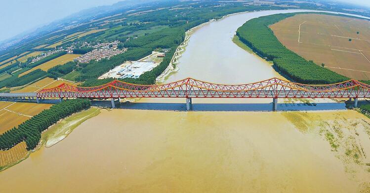 长清黄河大桥昨起通车试运行 21日起收费小车走一趟15元